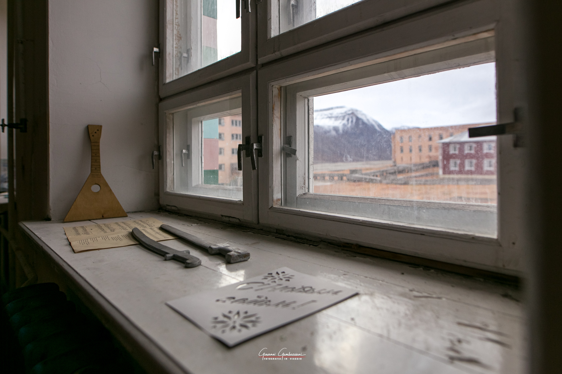 03_Svalbard_Pyramiden_Scuola-21
