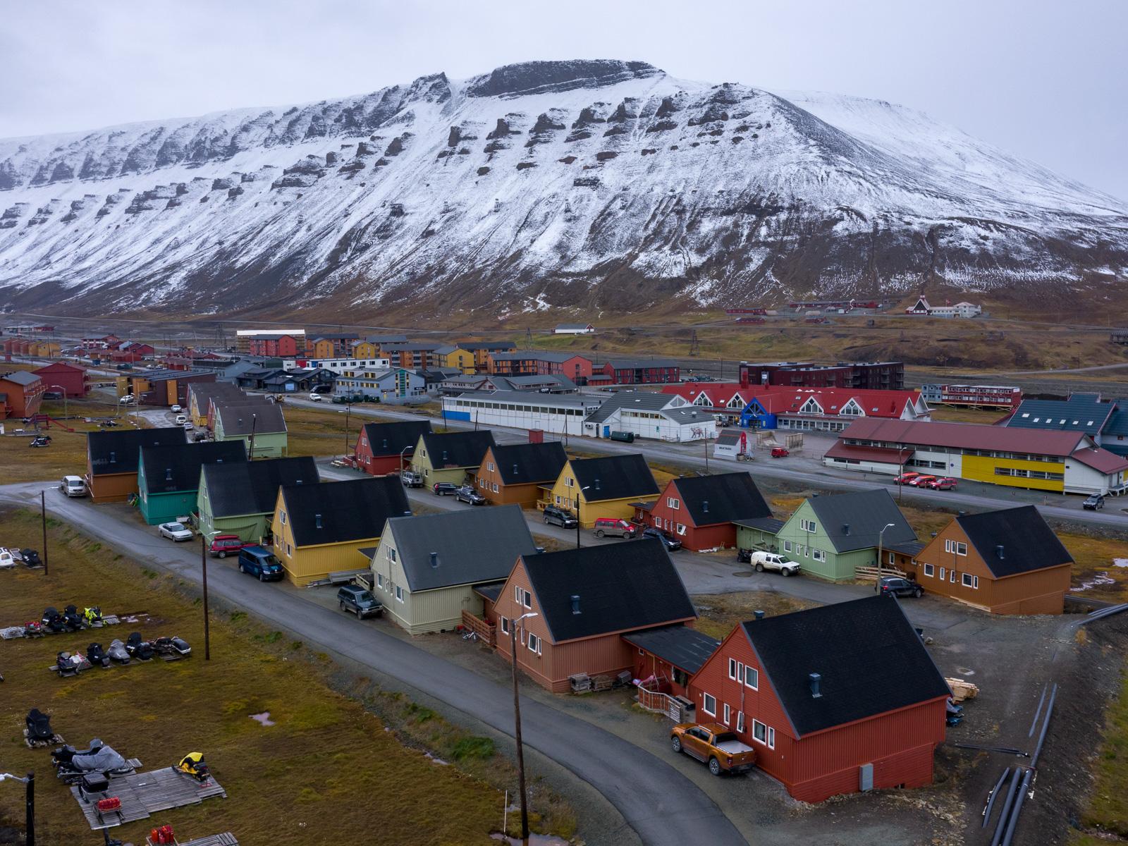 Svalbard_Spitsbergen_Longyearbyen-1