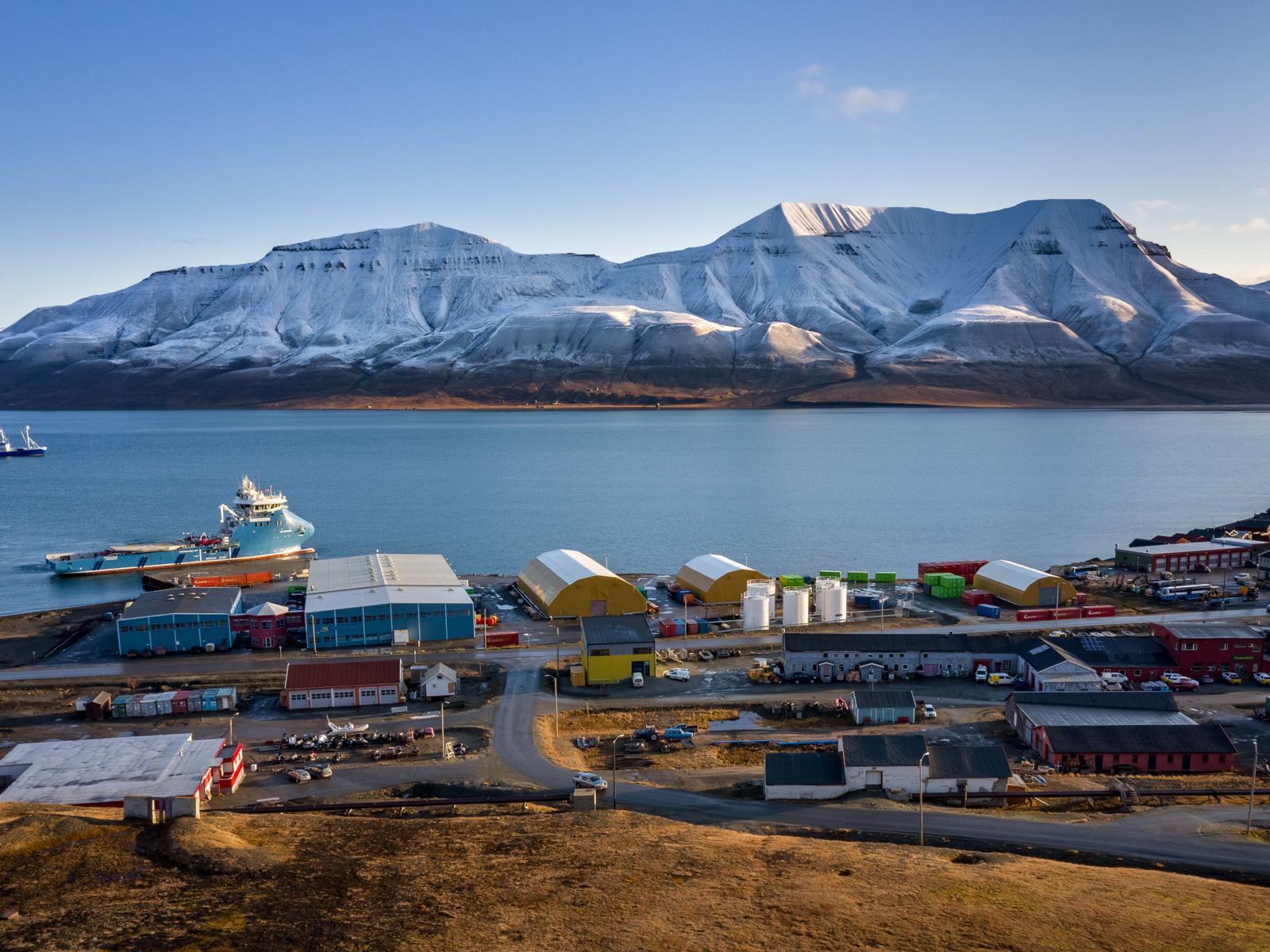 Svalbard_Spitsbergen_Longyearbyen-2