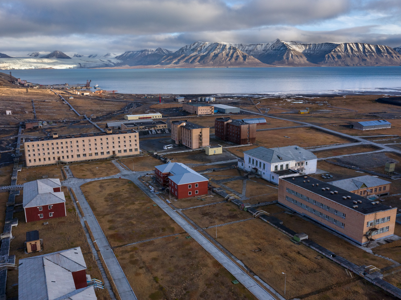 Svalbard_Spitsbergen_Pyramiden-13