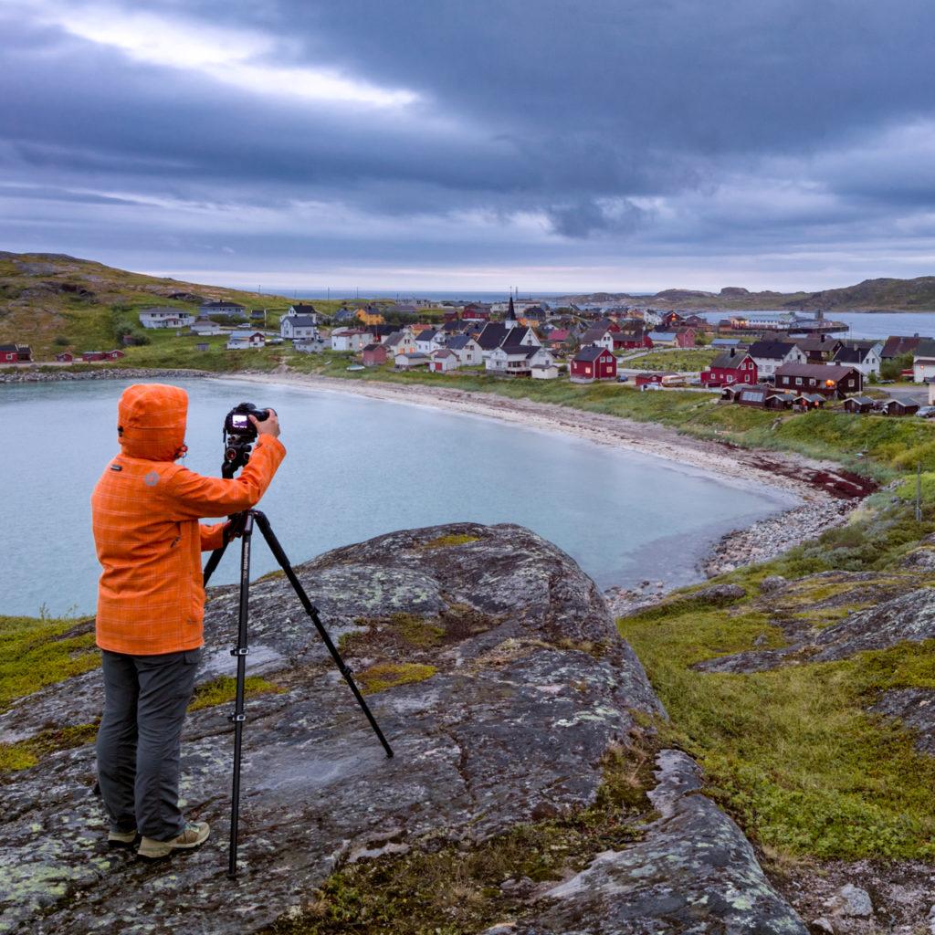Sessione_fotografica_bugoynes_finnmark_norvegia-1-1024x1024.jpg